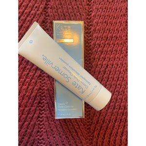 NWT Kate Somerville Detox Daily Cleanser